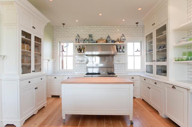 White Kitchen Farmhouse Kitchen Other By Sage Kitchens