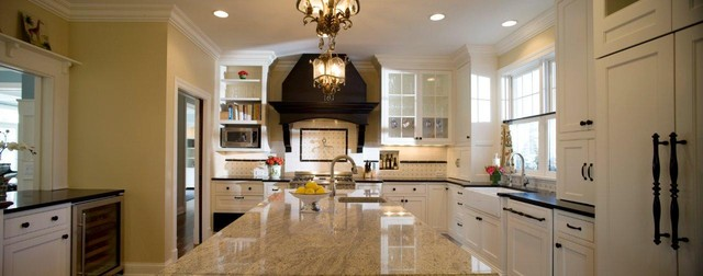 White Kitchen traditional-kitchen
