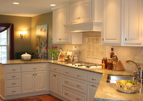 What is the height of the upper cabinets and the ceiling for Ceiling height kitchen cabinets