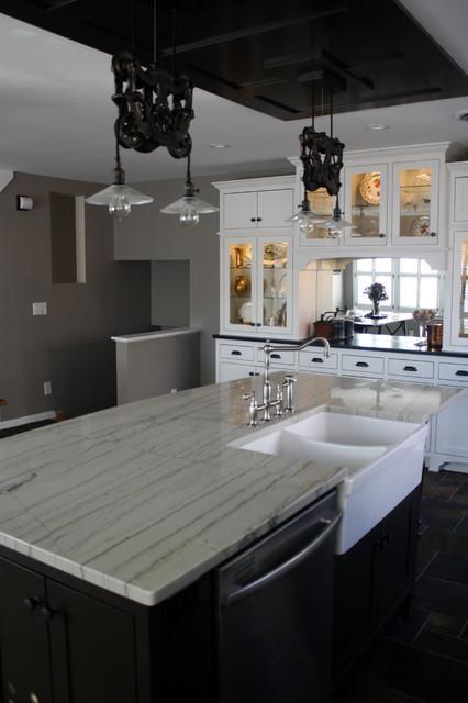 White Macaubas, Black Pearl Silk, Strata Grey Leather farmhouse-kitchen