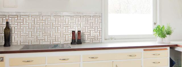 White Marble Basketweave Kitchen Backsplash