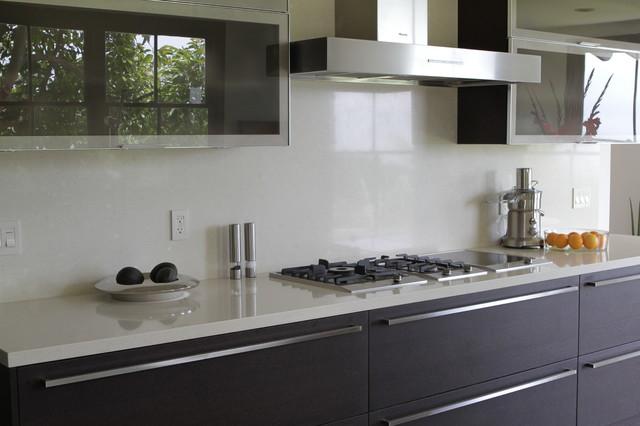 White Quartz - Contemporary - Kitchen - Santa Barbara - by PACIFIC STONEWORKS INC