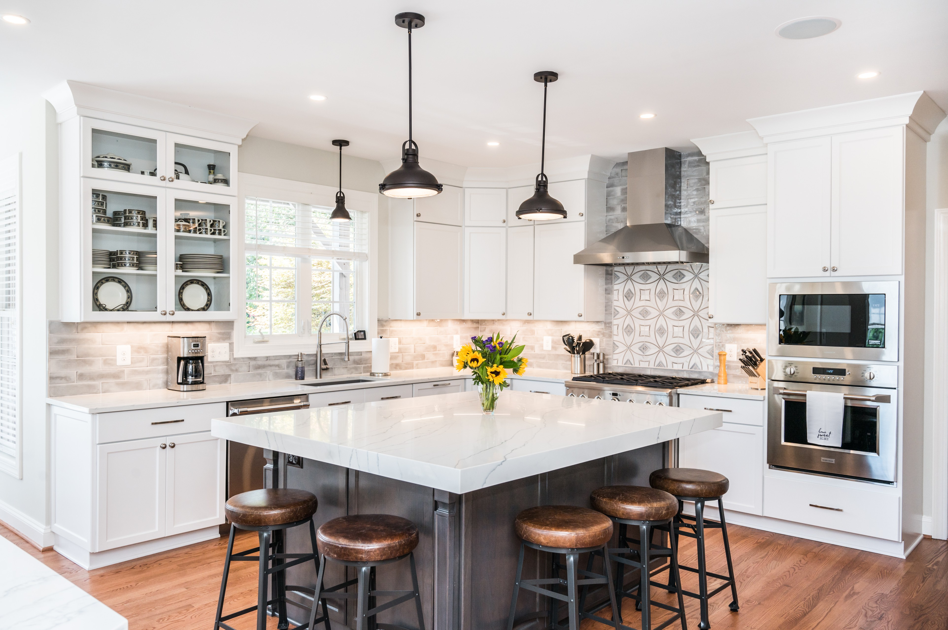 White Shaker Kitchen with Chunky Island Countertop