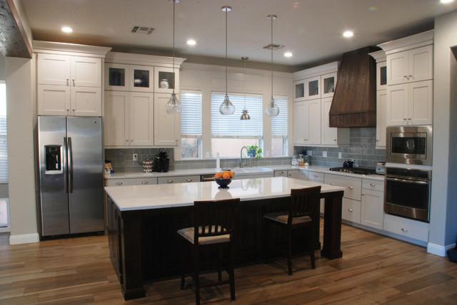 White Shaker Kitchen with Dark Island – Gilbert - Transitional ...