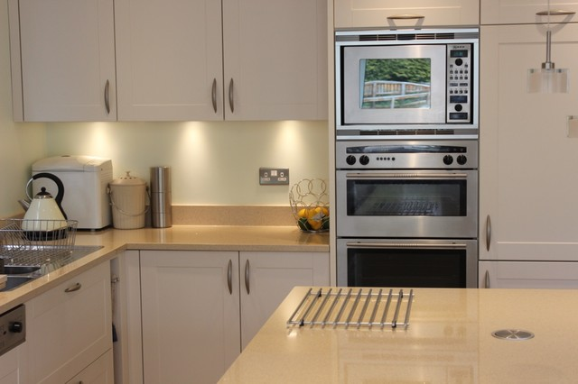 White Shaker Kitchen With Stainless Steel Appliances