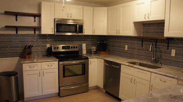 White shaker rta cabinets contemporary kitchen for White shaker rta kitchen cabinets