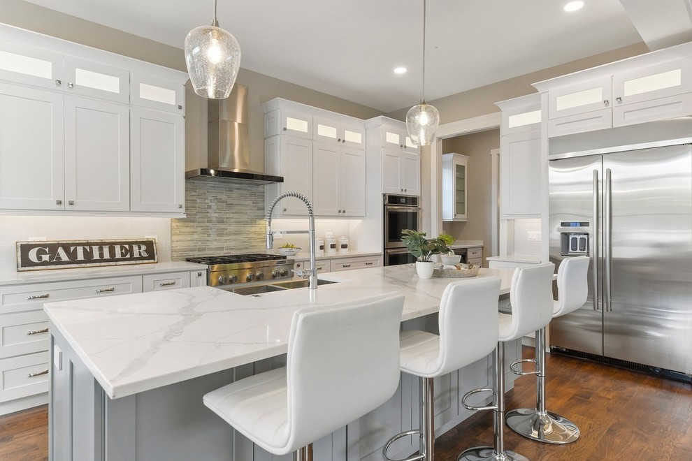 White Shaker With Grey Island, White Shaker Kitchen Cabinets With Gray Island
