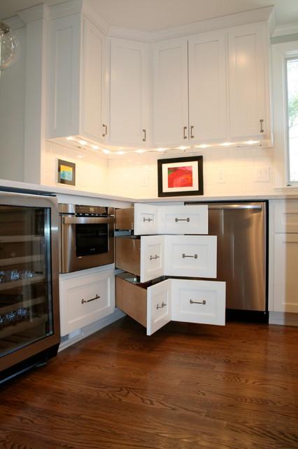 White Transitional Kitchen transitional-kitchen