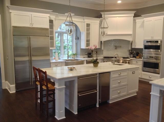White Transitional Kitchen - Transitional - Kitchen - jacksonville - by Island Kitchens