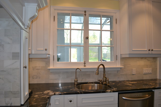 New White Victorian Kitchen - Traditional - Kitchen - Toronto UI35