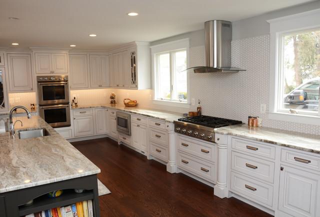 White With Gray Glaze Kitchen Kitchen Chicago By Brighton Cabinetry