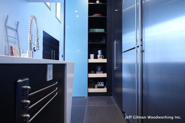Whitefish Mountain Modern modern-kitchen