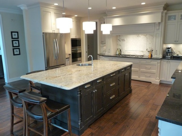 Whitehorse Classic Transitional Kitchen Vancouver By Reynolds Cabinet Shop Ltd Houzz Au
