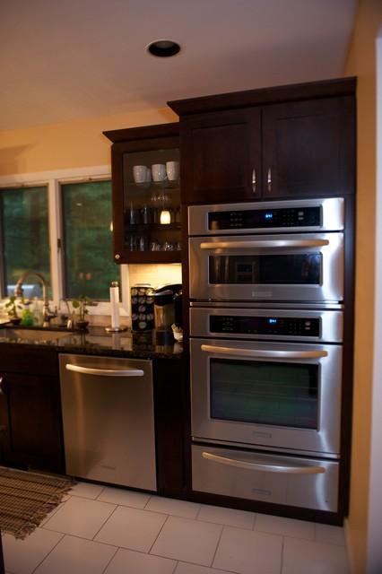 WhitePlainsKitchen17 contemporary-kitchen