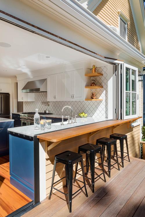 outdoor kitchen transition