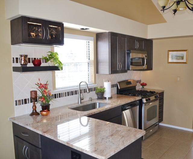 Wildberry Court Aurora Il Modern, Kitchen Cabinets Aurora Il
