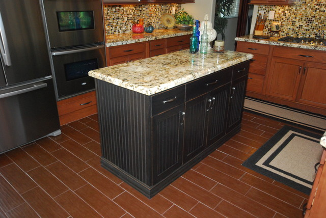 Wiley Brown/ Genesis - Traditional - Kitchen - other metro - by Blue River Cabinetry