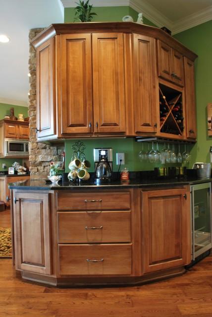 Williams job traditional-kitchen