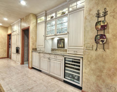 Country Club kitchen traditional-kitchen