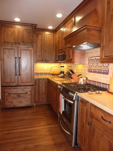 Willow Glen Dynasty Rustic Alder Kitchen By Signature Kitchen Bath Design Traditional