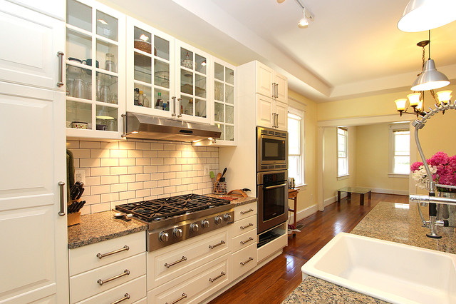 Willow traditional-kitchen