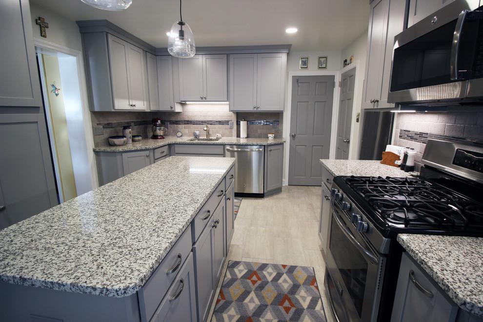 Wilmington De Kitchen Expansion Traditional Kitchen Wilmington By Bath Kitchen And Tile Center