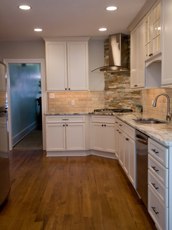Kitchen Design Photos with Stainless Steel Appliances and Light Wood