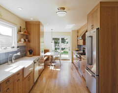 Wilshire Kitchen, Portland (Photo: Matt Niebuhr) transitional-kitchen