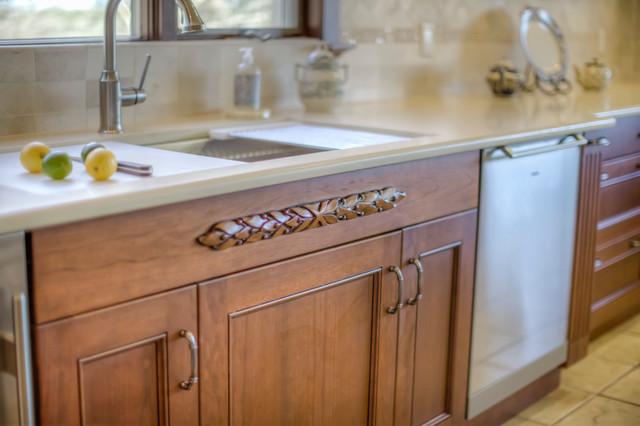 Wilson Appliance - Comfy Kitchen traditional-kitchen