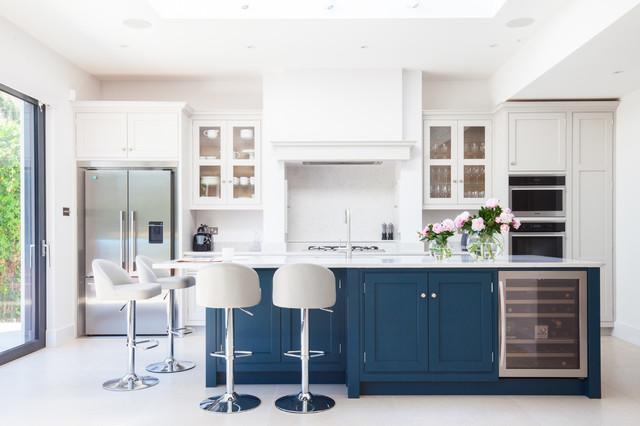 Wimbledon Bespoke Kitchen traditional-kitchen