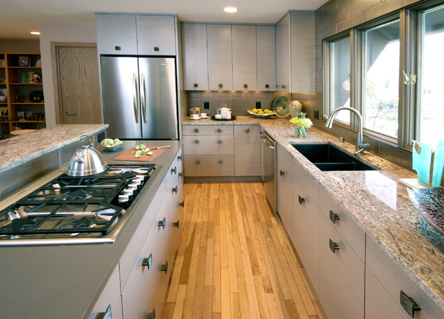 Charmant Example Of A Trendy Kitchen Design In Milwaukee With Stainless Steel  Appliances, Soapstone Countertops,
