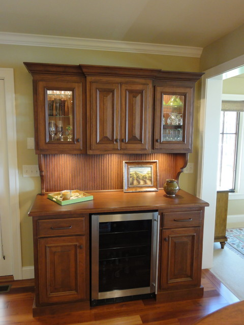 Wine Bar Hutch with Refrigerator - Traditional - Kitchen - minneapolis - by Laurie Plattes