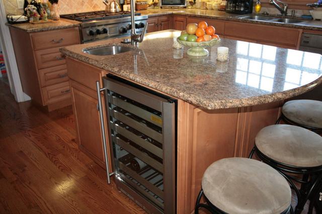 Wine Refrigerator traditional-kitchen