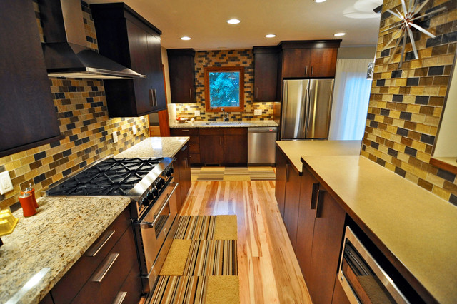 Wisconsin 39 70s ranch welcomes the new century for 70s style kitchen cabinets
