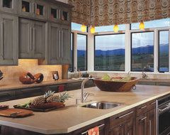 Wm Ohs With a Mountain View traditional kitchen