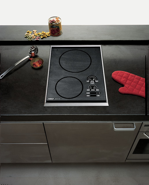 """Universal Appliance And Kitchen Center: Wolf 15"""" Induction Cooktop, Stainless Steel"""