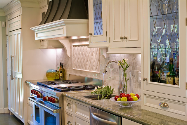 Wolf Range And Sub Zero Refrigeration Traditional Kitchen Boston By Westborough Design