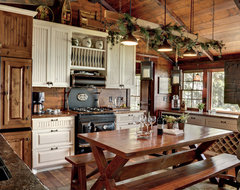 Woman Lake rustic-kitchen