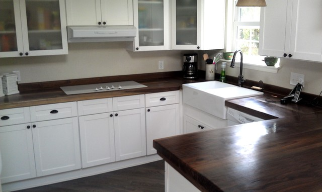 WOOD COUNTER TOPS LIVE EDGE BLACK WALNUT - Traditional - Kitchen - Richmond - by CP DESIGN