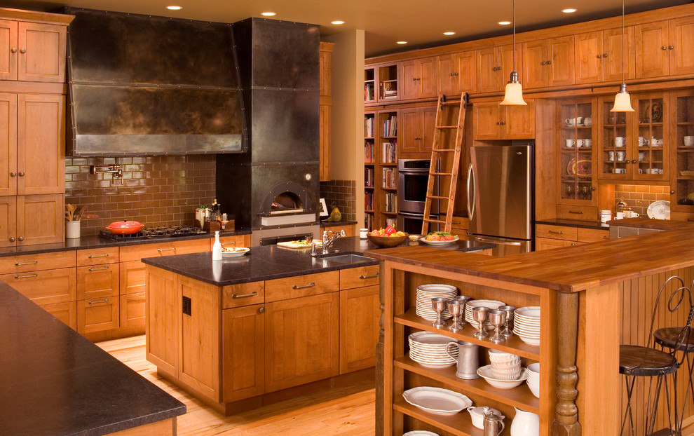 Example of a trendy kitchen design in Seattle with subway tile backsplash