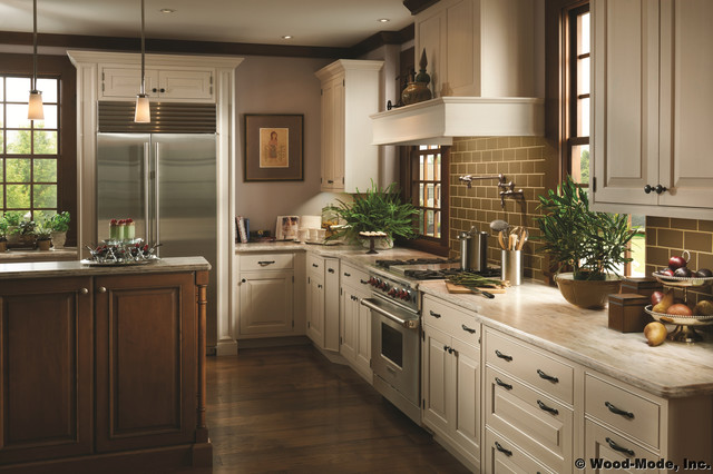 Wood-Mode Woodlands - Traditional - Kitchen - other metro - by Signature Cabinets