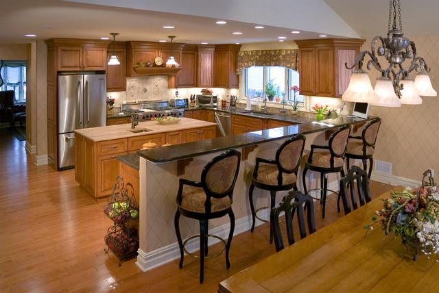 Woodbridge Builders Kitchens traditional-kitchen