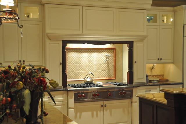 Woodbridge Builders traditional-kitchen