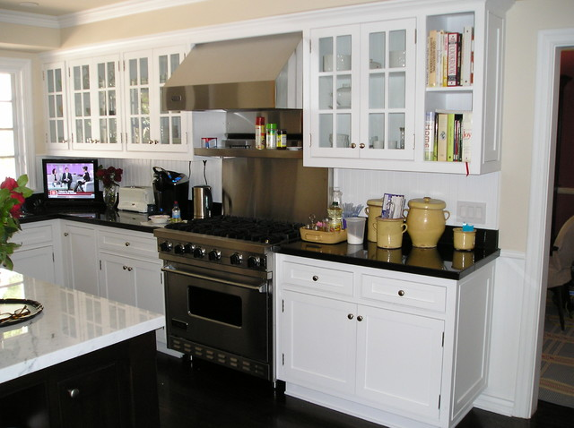 Woodcliff traditional-kitchen