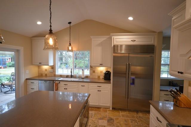 Woodland Hills Kitchen Traditional Kitchen Los