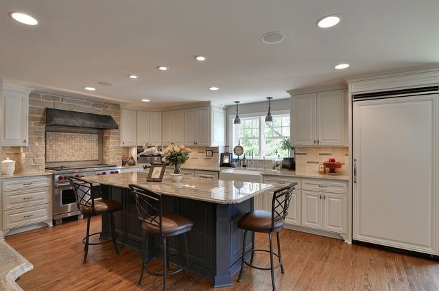 Woodland Residence traditional-kitchen