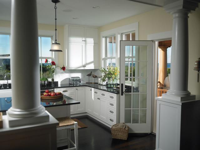 Woodmeister Kitchen 1 traditional-kitchen