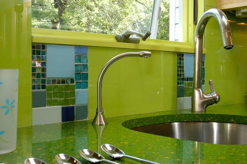 Dapur desain warna hijau desain interior surabaya for Kitchen set hijau