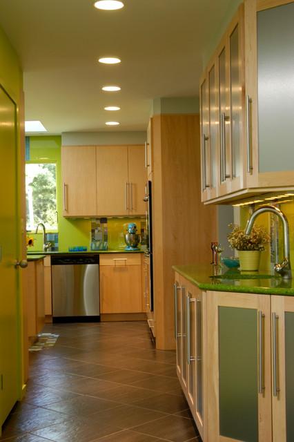 Woodmere, NY Kitchen, MU1301 contemporary-kitchen
