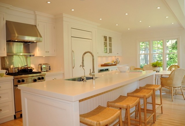 Woodstock Country House Kitchen contemporary kitchen